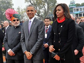 pm-modi-with-barack-michelle-obama