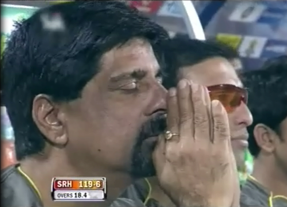kris-srikkanth-praying