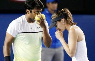 Leander-Paes-Martina-Hingis-knocked-out-of-French-Open-620x400