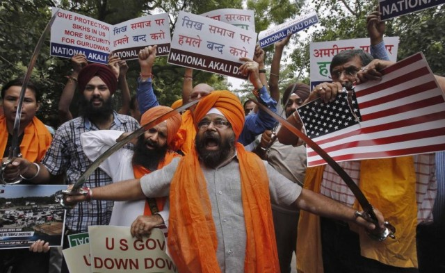 293744-sikhs-in-india-protest-against-wisconsin-sikh-temple-shooting-photos