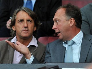 noisy-neighbours-roberto-mancini-and-david-platt-check-up-on-their-city-rivals-and-man-city-next-opponents-tottenham-1867063188