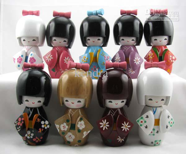 lot-25pc-oriental-japanese-kokeshi-dolls