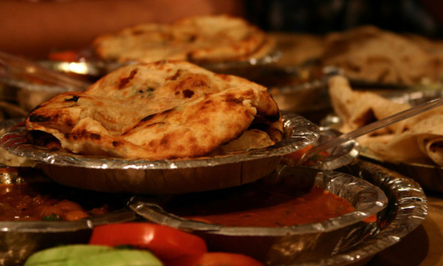 Best-Paranthas-at-Paranthe-Wali-Gali