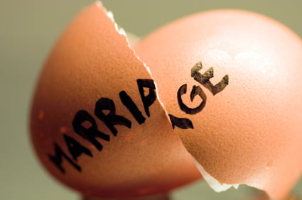 divorce-egg3