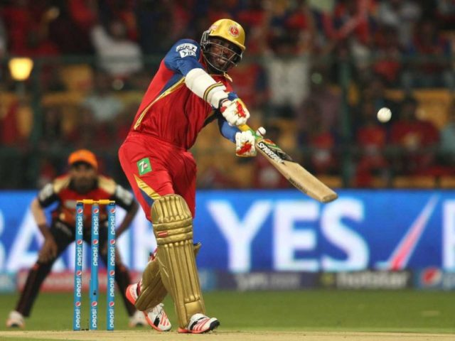 chris-gayle-200th-six-rcb-v-srh-ipl-2015
