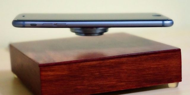 this-levitating-phone-charger-can-power-your-iphone-in-mid-air