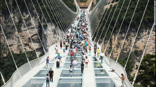 160822133838-china-glass-bridge-1-exlarge-169