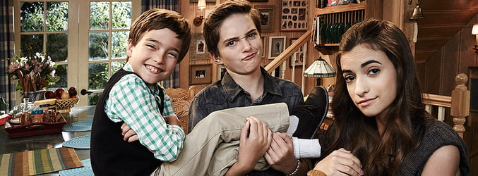 Fuller House Cast: Michael Campion, Elias Harger, and Soni Bringas as Jackson and Max Fuller, and Ramona Gibbler respectively.