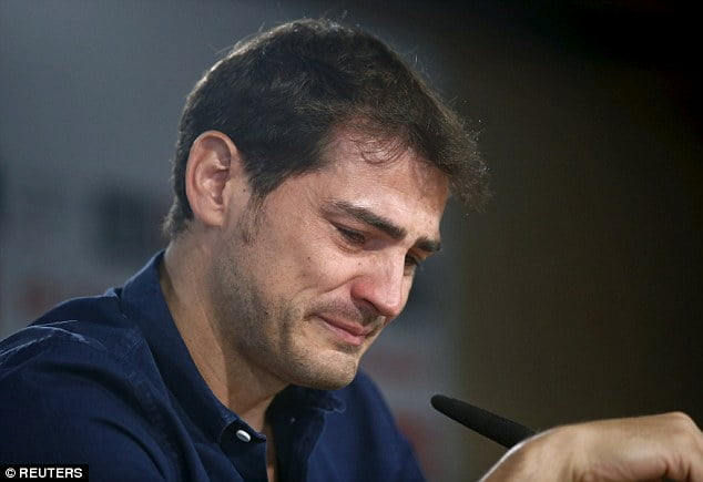 Real Madrid and Iker Casillas parted ways in 2015. The legendary keeper couldn't hold back his tears at the announcement.