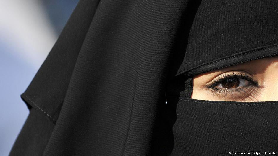 woman-in-niqab