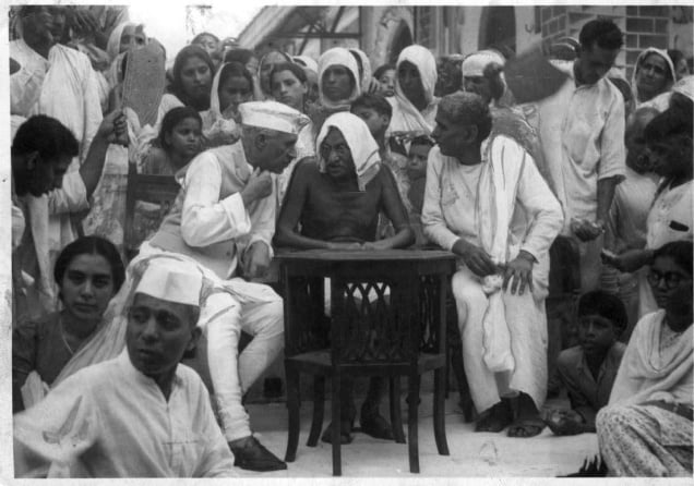 Pandit Nehru with Mahatma Gandhi at a refugee camp