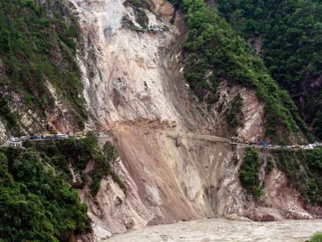 Locals usually warn trekkers against landslides or floods. There are some who choose to ignore them.