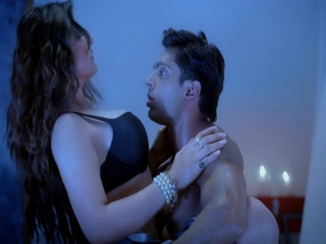 Sex Scenes In Hindi Movies