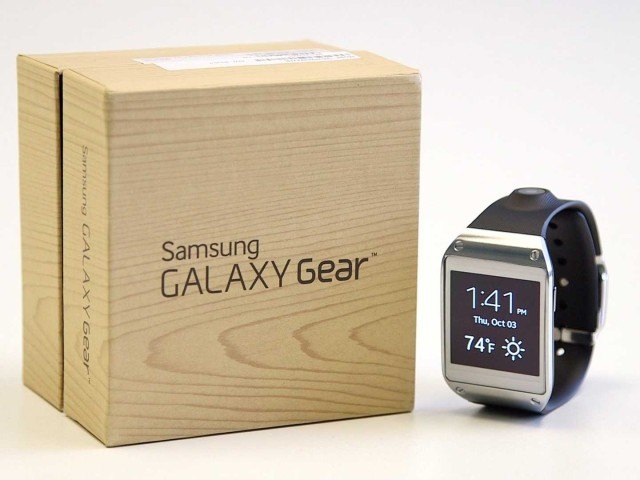 samsung-says-it-has-sold-800000-galaxy-gear-smart-watches-in-two-months