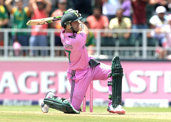 de-villiers-hit-nine-fours-and-16-sixes-in-his-44-ball-149