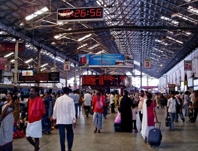 Chennai_Central_interior