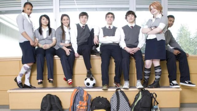 how-to-personalize-a-school-uniform