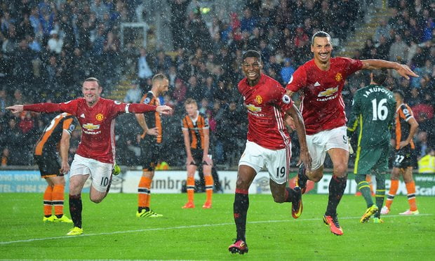 Marcus Rashford celebrates as Manchester United win the stoppage time to continue their Premier League revival.