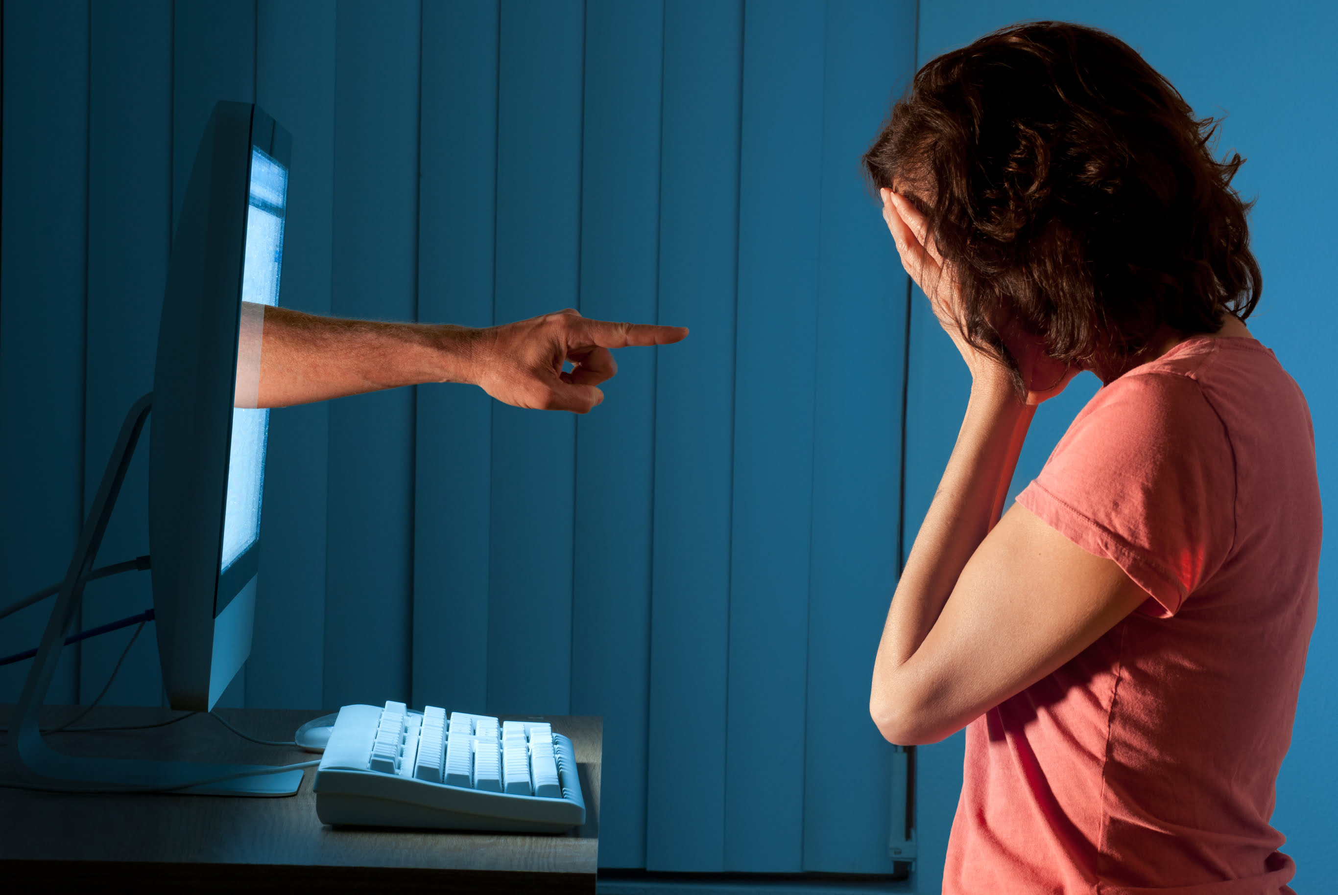 cyber bullying on twitter