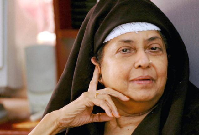 It was Kamala Das's decision to convert. Solely.