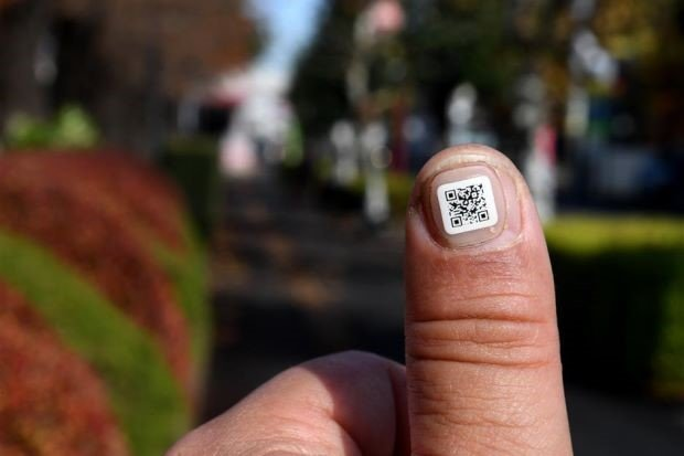 QR code sticker for dementia patients