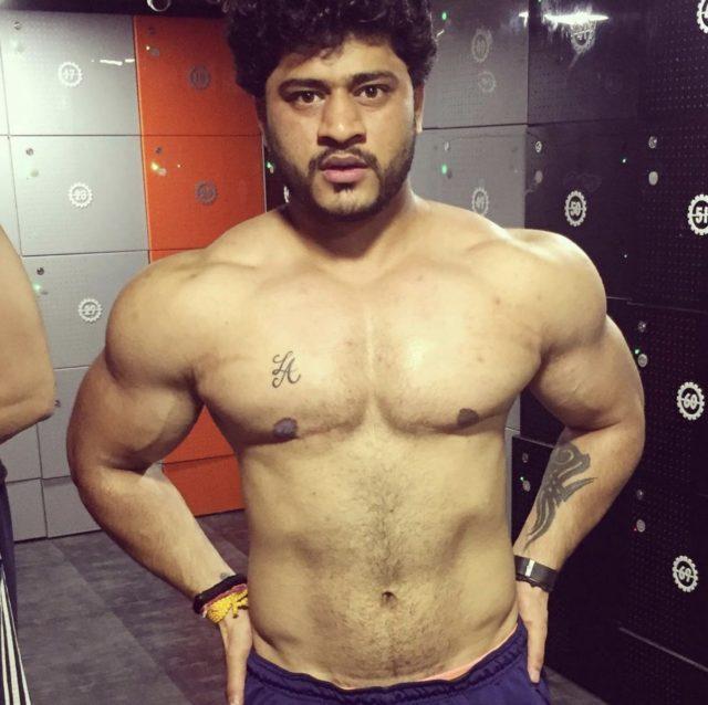 Aryan Pasha transman bodybuilder
