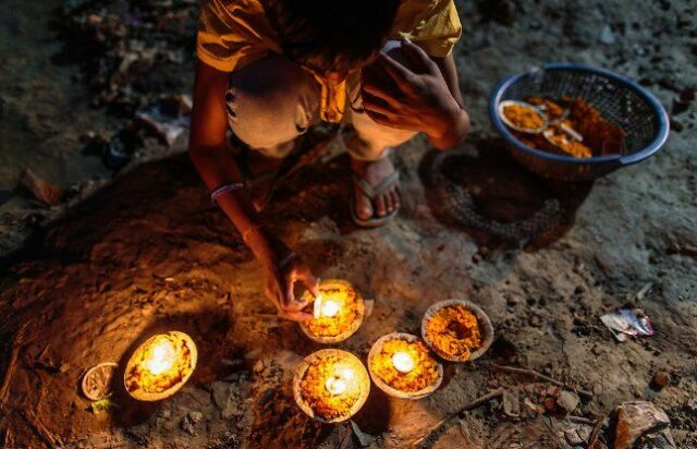 The Lamp That Burns With The Help Of Water In Madhya Pradesh